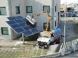 Unimog Mercedes Lavaggio pannelli fotovoltaici