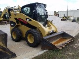 Skid steer  Caterpillar 272c