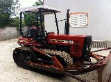 Trattore cingolato New holland 82-85