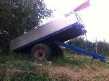 Rimorchio agricolo  Ribaltabile manualmente