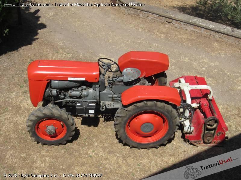 Trattore d 39 epoca same puledro 45 for Vendita trattori usati lazio