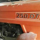 Foto 1 Trattore fiat - 250 dt