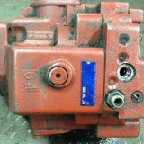 Pompa  escavatore kubota kx 191