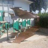 Aratro trivomere  Variabile pietro moro