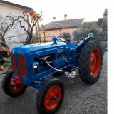 Trattore d'epoca Fordson Major