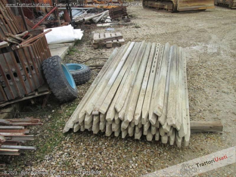 120 pali in cemento for Pali cemento per recinzione