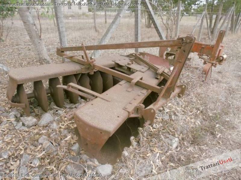 122 rimorchi agricoli usati lazio mattedi rimorchi for Leroy merlin scaldabagno