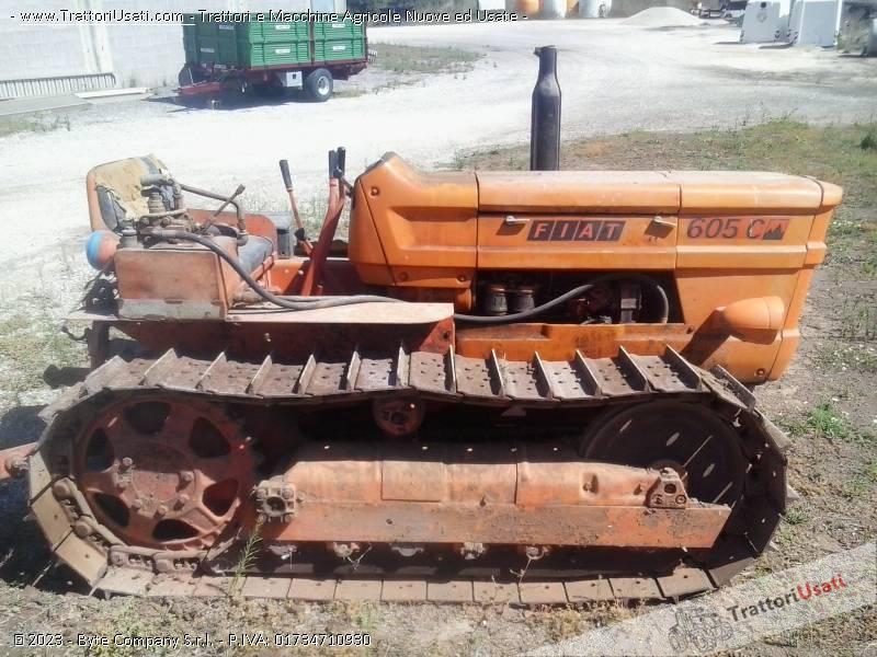 Trattore cingolato fiat 605 c for Vendita trattori usati lazio