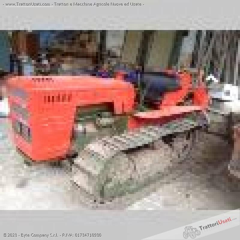 Trattore cingolato carraro a 505 cl for Vendita trattori usati lazio