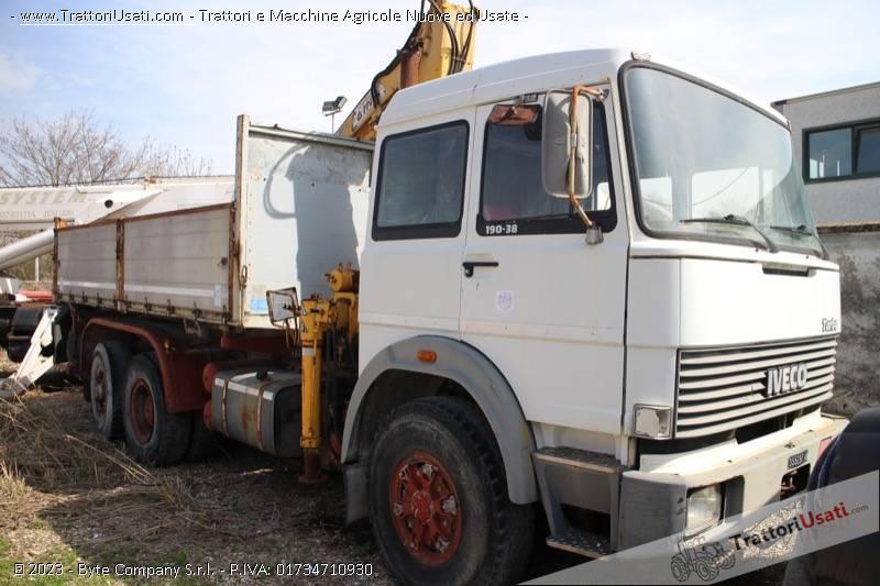 Foto Annuncio Autocarro fiat - 190 f38 con gru