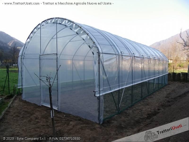 Produzione serre tunnel e coperture antigrandine for Serre agricole usate in vendita