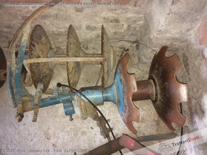 Foto Annuncio Erpice dischi  - interfila oleodinamico