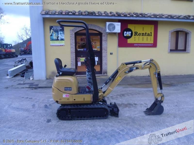 Foto Annuncio Mini escavatore  - 300.9d caterpillar