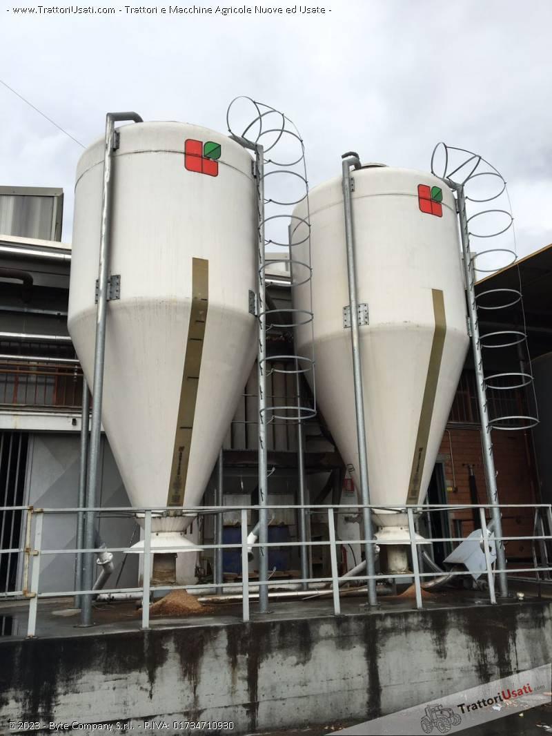 Foto Annuncio 2 silos  - agritech