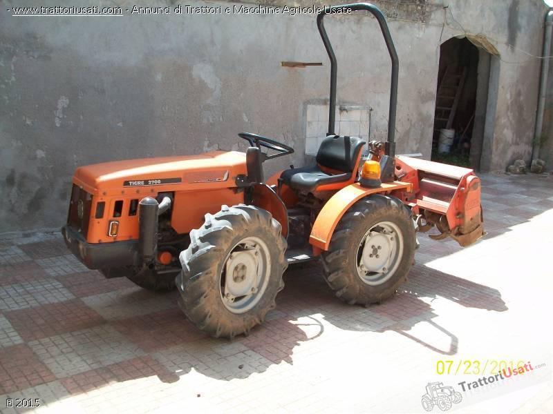 Trattori ford usati in piemonte for Trattori agricoli usati in sardegna